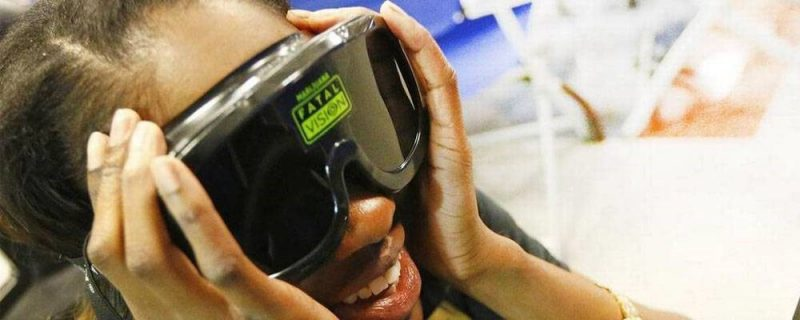 An alcohol awareness program with a drunk driving simulator has many benefits.
